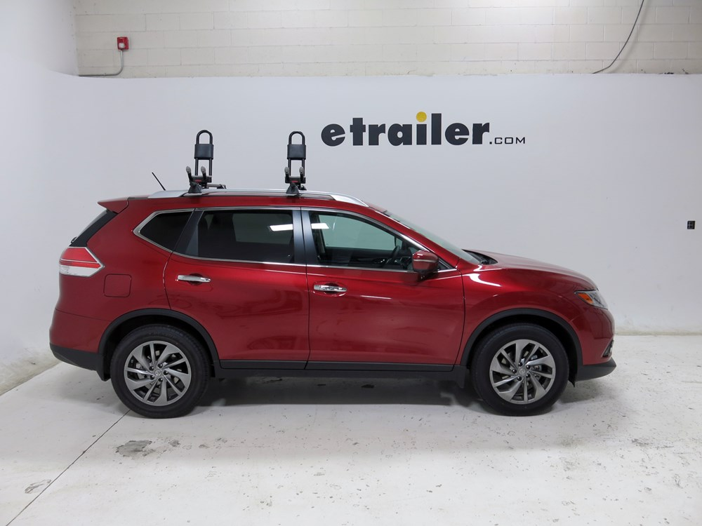 2012 Nissan Rogue Yakima Hullraiser J Style Roof Mounted