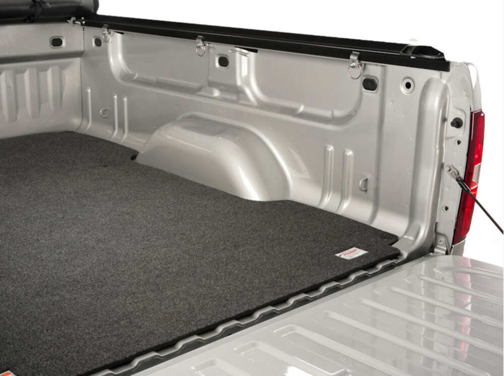 2005 Nissan Titan Access Custom Truck Bed Mat Snap In