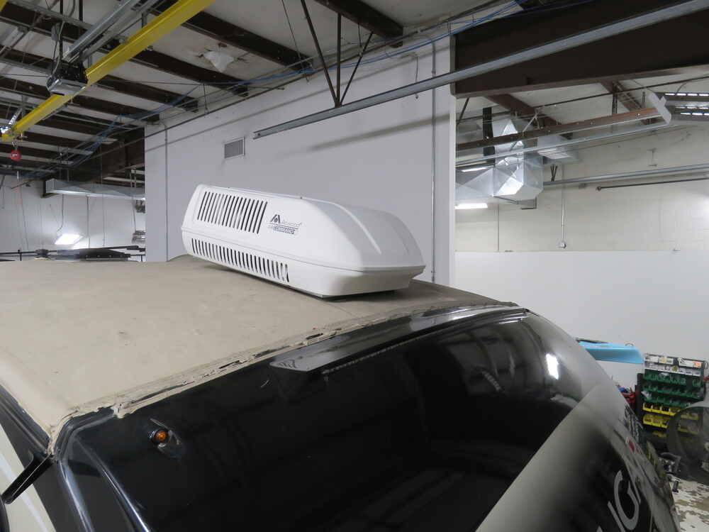 Atwood Air Command Rooftop RV Air Conditioner - 11 3 Amps - 13,500