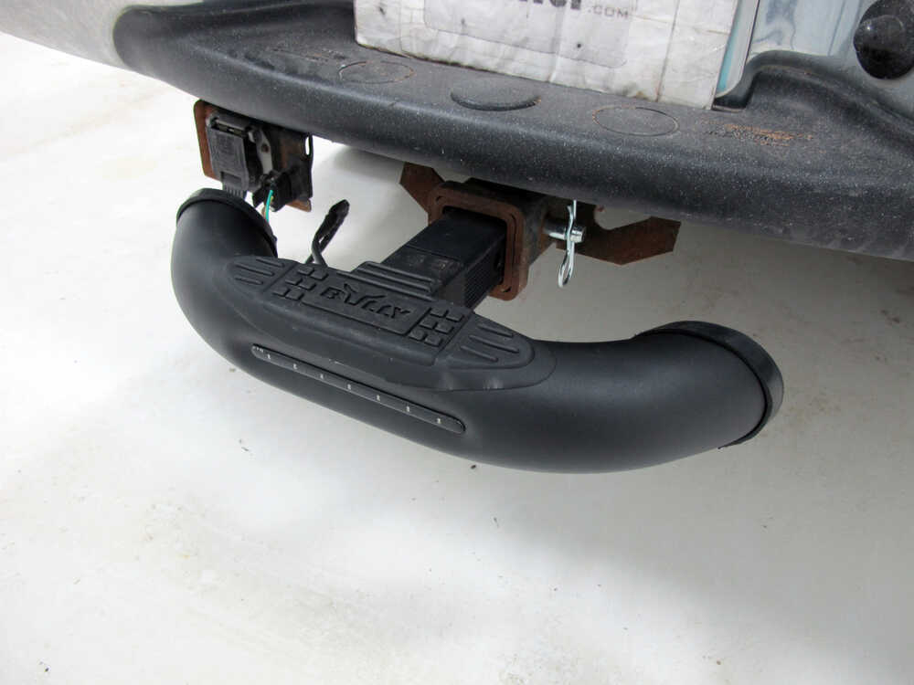 "Truck Bed Step >> Bully Black Bull LED Hitch-Mounted Step for 1-1/4"" and 2"" Hitches Pilot Automotive Hitch Step ..."
