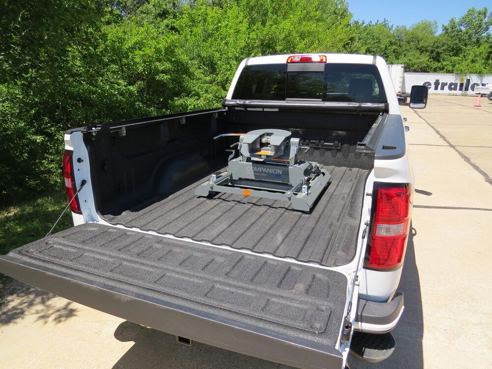 B&W Companion OEM 5th Wheel Hitch w/ Slider for Chevy/GMC