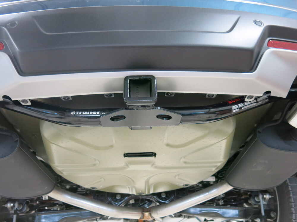 2018 Ford Explorer Curt Trailer Hitch Receiver - Custom Fit