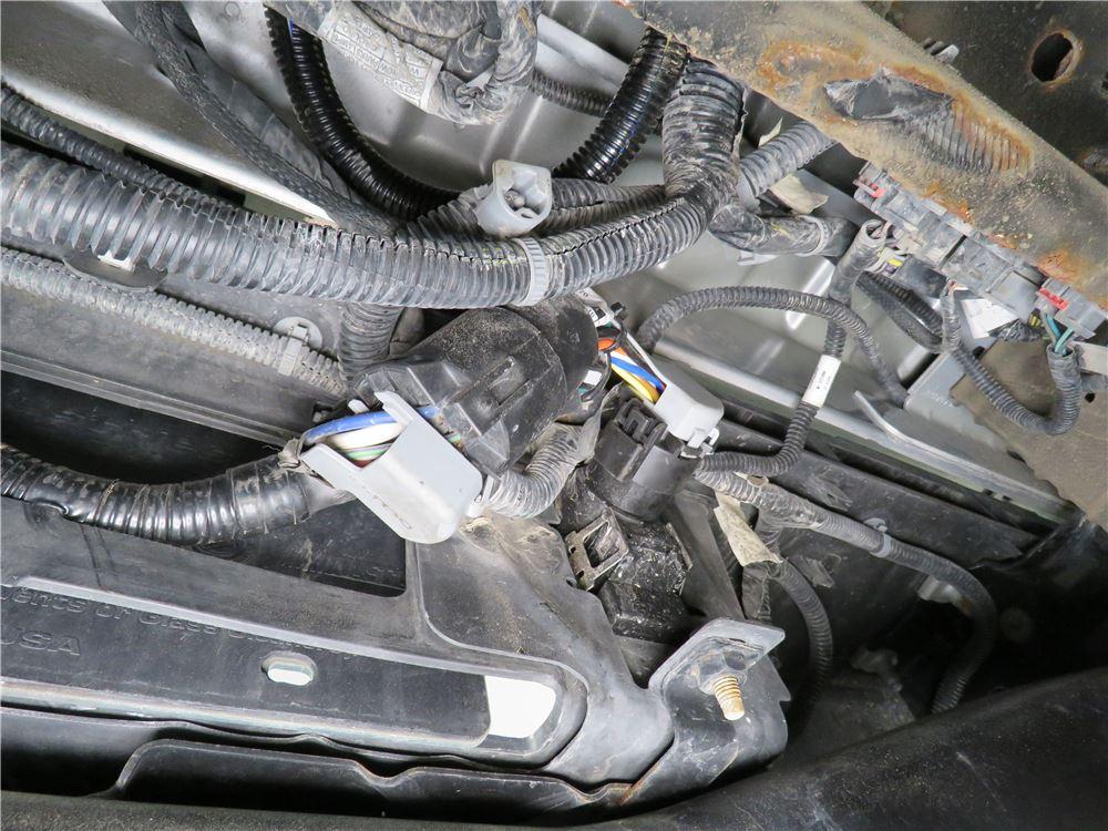 curt 5th wheel/gooseneck custom wiring harness w/ 7-pole connector - 7'  long curt custom fit vehicle wiring c56070