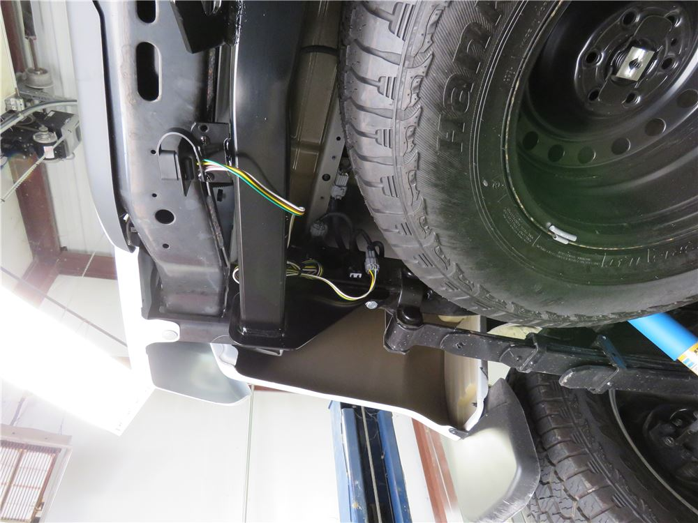 2013 Nissan Frontier Trailer Wiring Harness : Nissan frontier curt t connector vehicle wiring