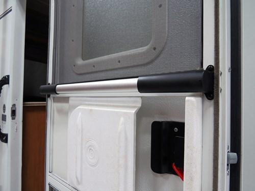 Camco Rv Adjustable Screen Door Cross Bar Aluminum W