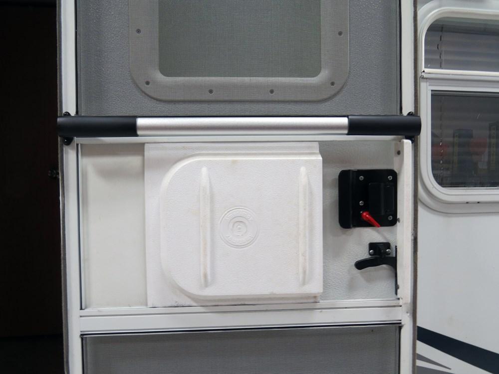 Camco Deluxe Rv Screen Door Cross Bar 21 1 4 Quot Long To 28