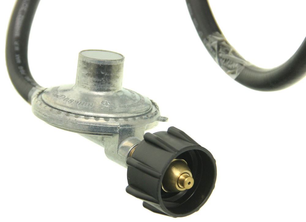 Camco Low Pressure Lp Gas Regulator W 6 Long Hose Camco
