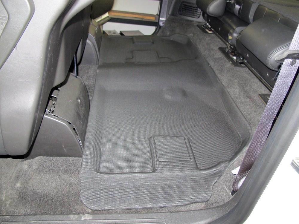 2011 chevrolet suburban floor mats covercraft for Suburban floors