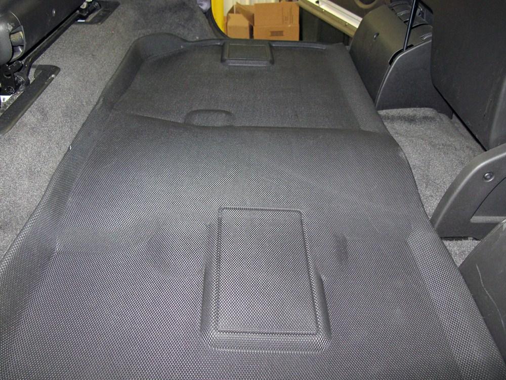 2011 chevrolet suburban covercraft premier custom auto for Suburban floors