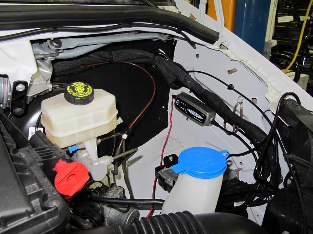 Compare ctek multi us 3300 vs ctek multi us 7002 for Mercedes benz auxiliary battery price