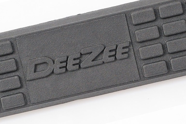 Deezee Nerf Bars 3 Quot Round Polished Stainless Cab