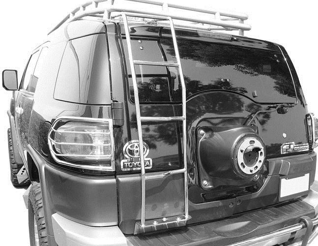Deezee Rear Door Ladder For Toyota Fj Cruiser Black