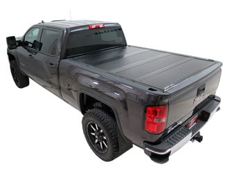Hard Tonneau Covers Vs Soft Tonneau Covers Etrailer Com