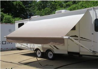 7 Steps To Clean Your Rv Awning Prevent Mold And Save Money Etrailer Com