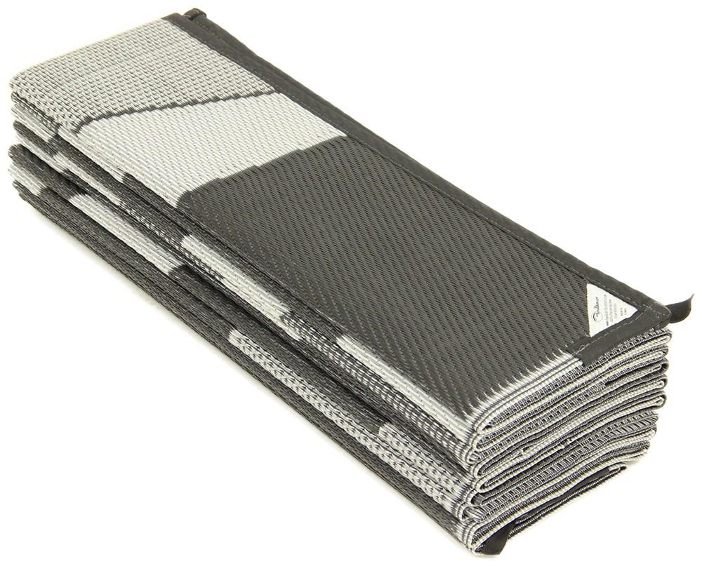 Faulkner RV Mat - Summer Waves - Black and White - 8' x 16