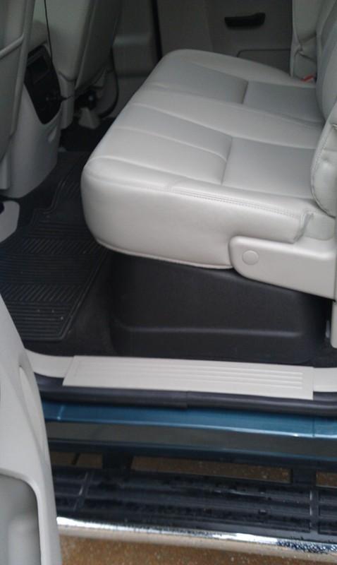 Husky Gearbox Interior Storage System For Pickup Trucks