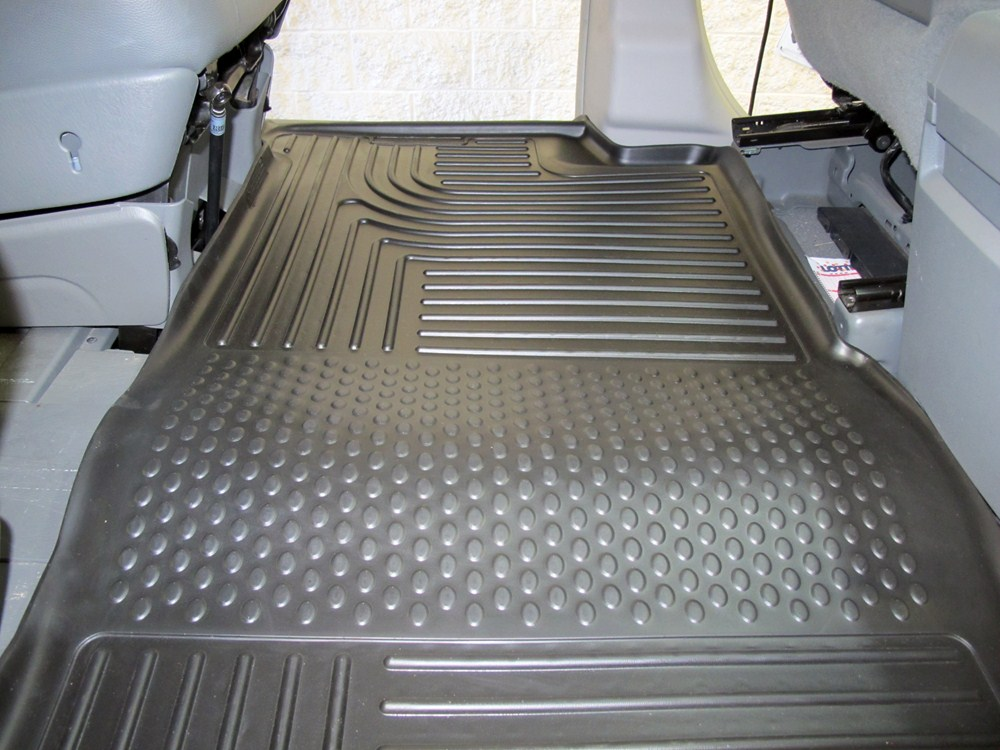 2010 Chrysler Town And Country Floor Mats Husky Liners