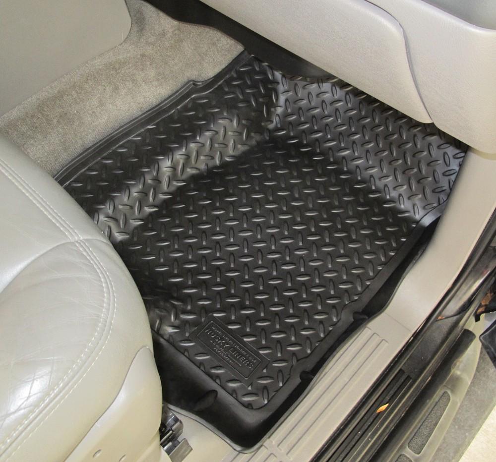 Chevrolet suburban husky liners classic custom auto floor for Suburban floors