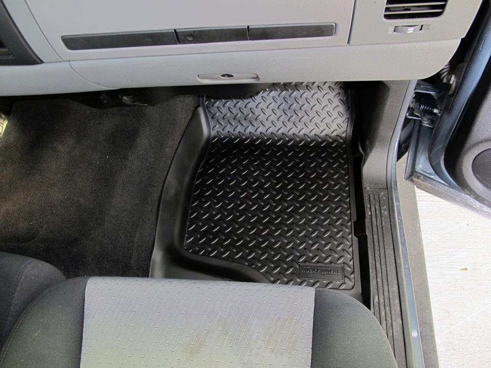 2011 chevrolet suburban floor mats husky liners for Suburban floors