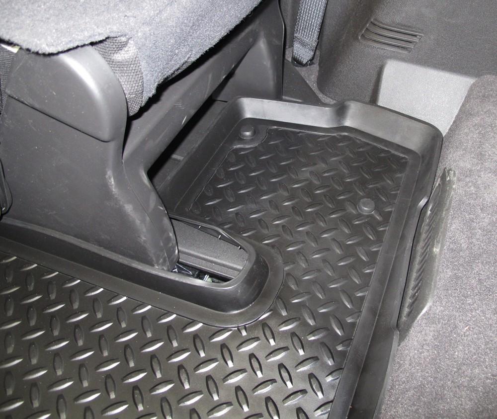 2012 Chevrolet Traverse Floor Mats Husky Liners