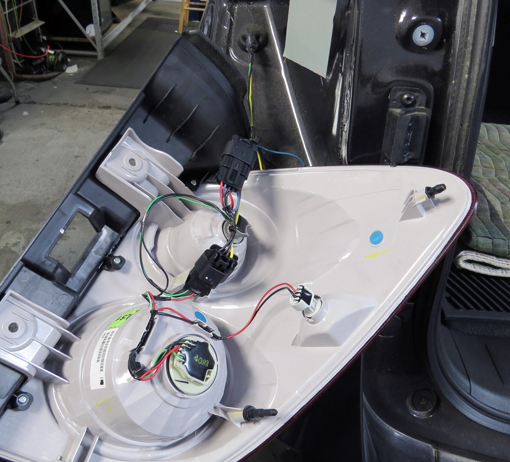 2014 Chevrolet Equinox Hopkins Custom Tail Light Wiring