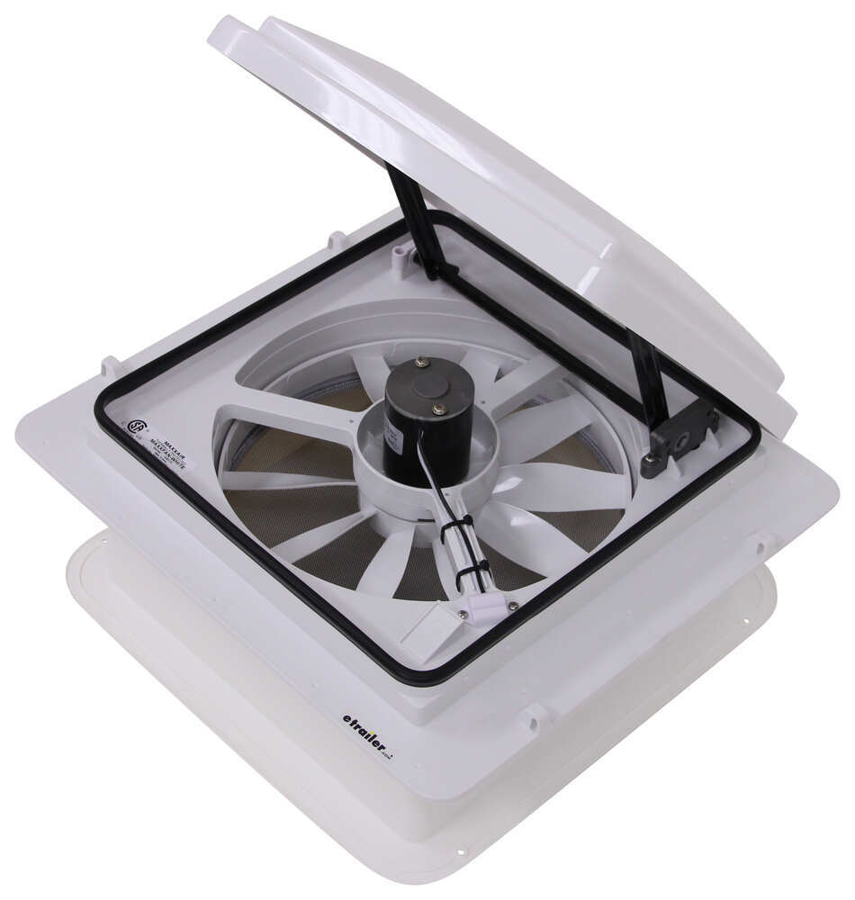 Motorhome Ceiling Fan: White MaxxAir RV Vents And Fans MA00A04301K