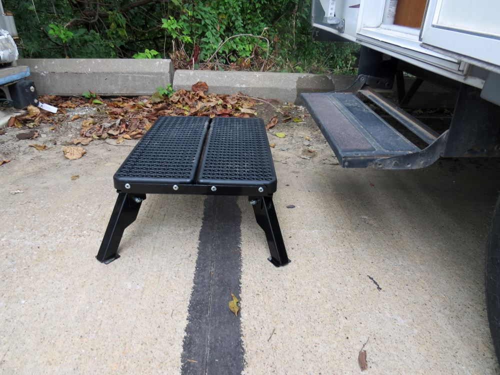 Adjustable Height Folding Plastic Platform Step With