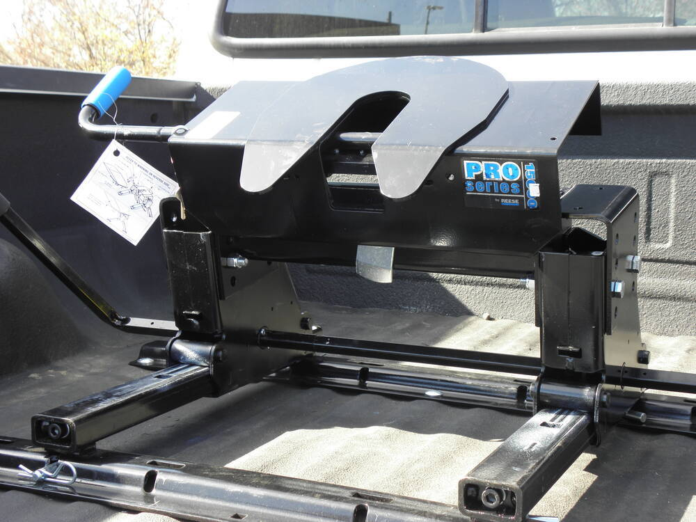Travel Trailer Fifth Wheel Hitches