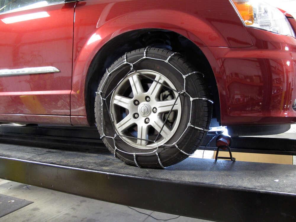 2006 chrysler town and country tire chains glacier. Black Bedroom Furniture Sets. Home Design Ideas