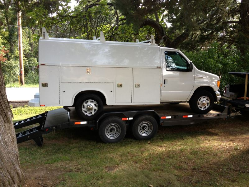 Service Body Hitches : Trailer hitch availability for a ford e with
