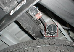 is there a wiring adapter to install draw tite activator iv brake click to enlarge