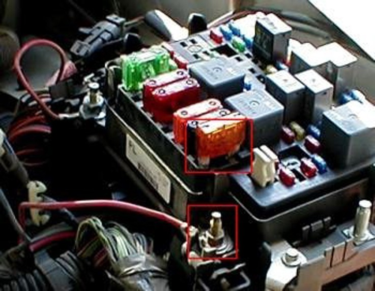 Running A 12 Volt Trailer Connection Circuit On A 2007 Gmc