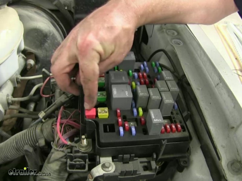 Prodigy Brake Controller >> Location of the 40-Amp Fuse for the 2006 Chevrolet ...