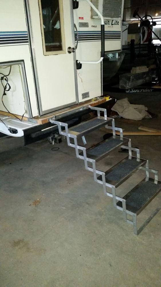 Brophy Camper Scissor Steps 4 Steps Aluminum Non