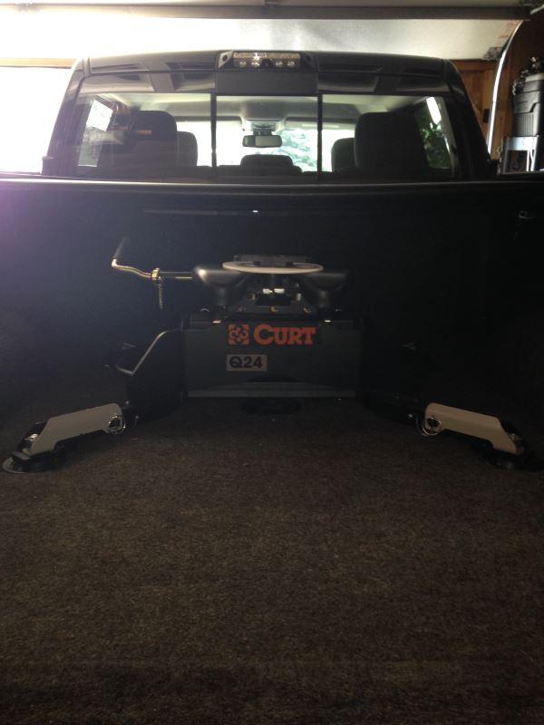 Curt Q24 5th Wheel Trailer Hitch W R24 Slider Dual Jaw