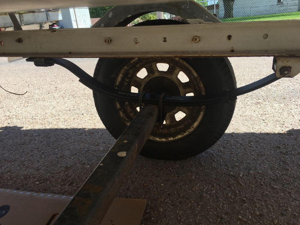 "Boat or Utility Trailer Leaf Spring Slipper Style 25/"" 4 Leaf 1000 lbs Capacity"