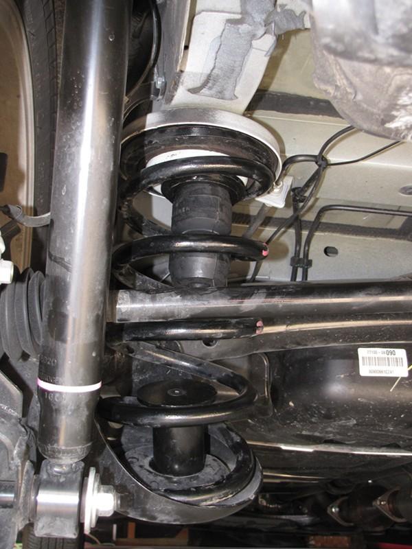 1014 Toyota Sienna Timbren Rear Suspension Enhancement System