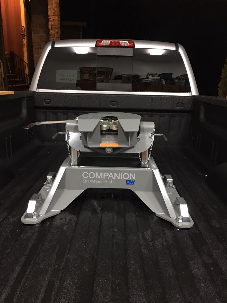 2018 Chevrolet Silverado 3500 B&W Companion OEM 5th Wheel Hitch for Chevy/GMC Towing Prep ...