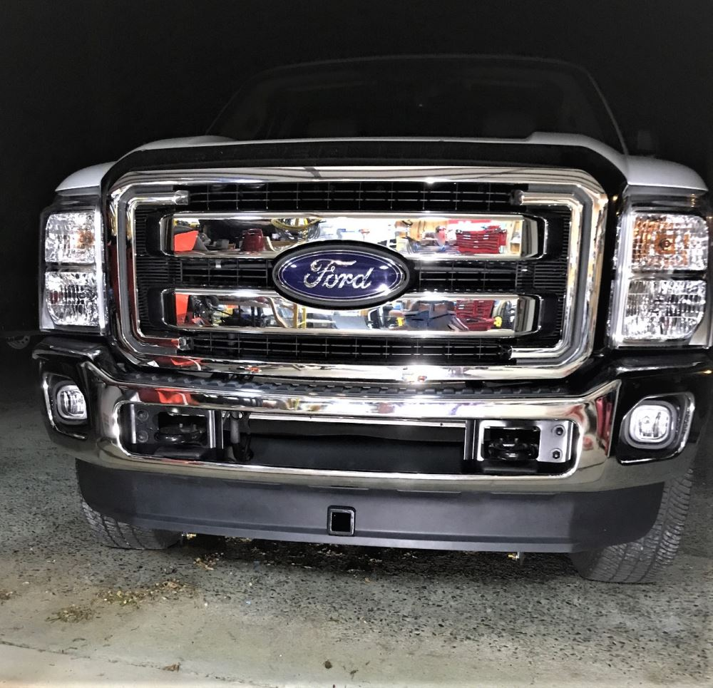 2013 Ford F-250 And F-350 Super Duty Curt Front Mount