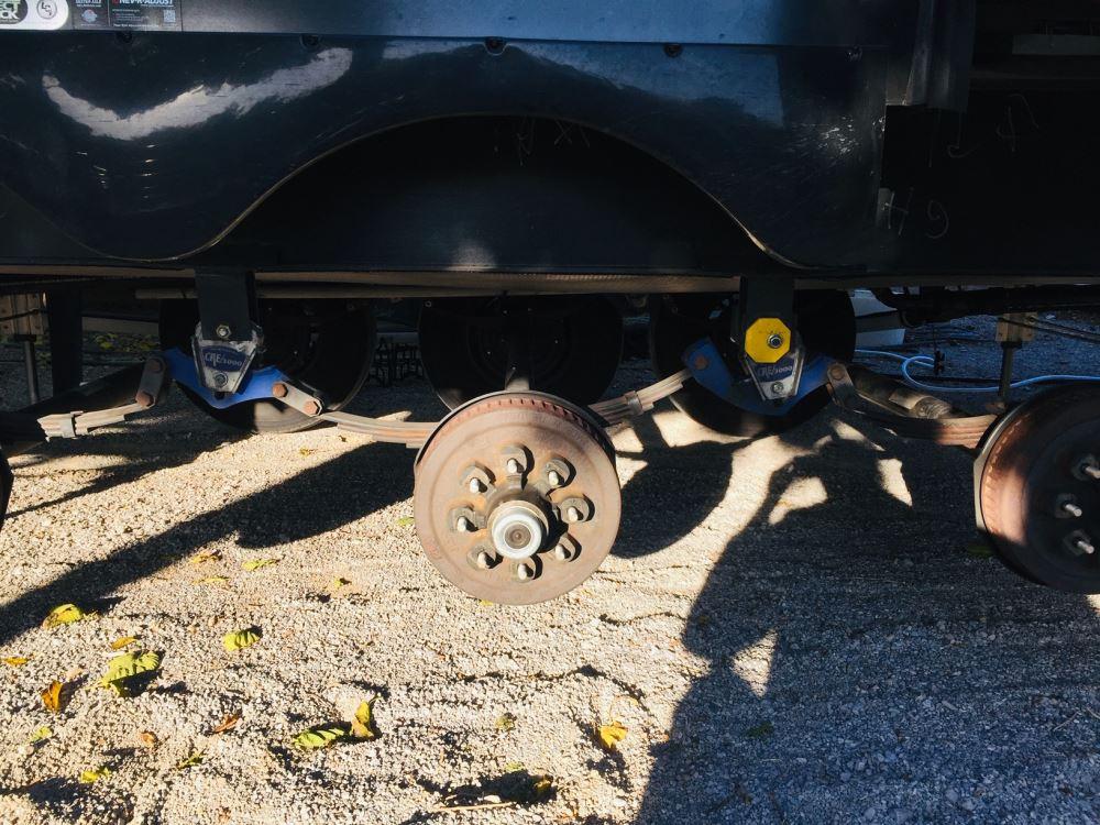 E-Z Flex Triple Axle Suspension Kit with 7-3/4