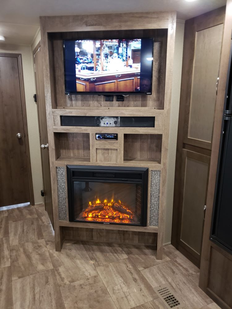 Greystone 26 Quot Electric Fireplace With Logs Recessed