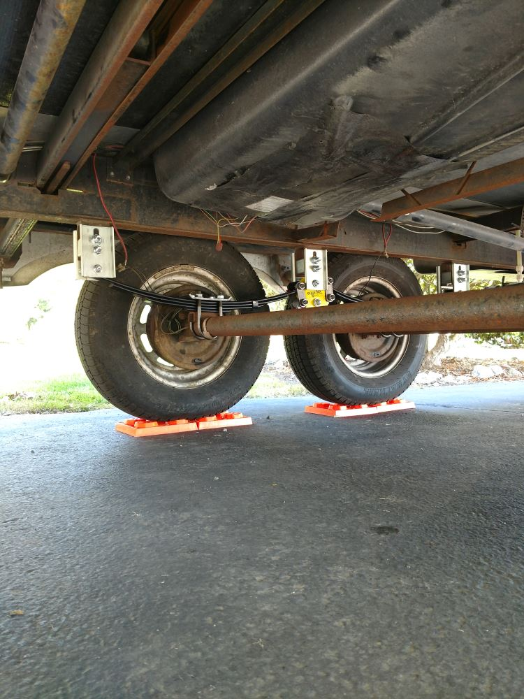 Lippert Components Tandem Axle Lift Kit Lippert Components