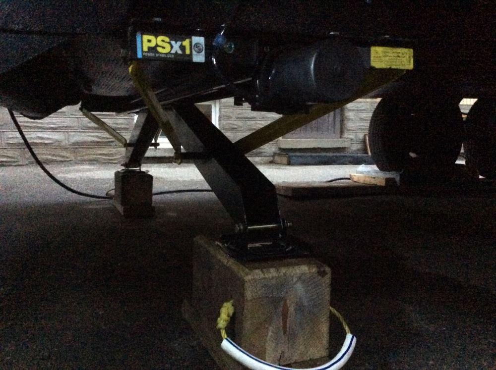 Lippert Components High-Sd Power Stabilizer Jack - 30