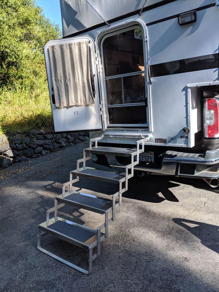Brophy Camper Scissor Steps - 4 Steps - Aluminum - Non-Slip