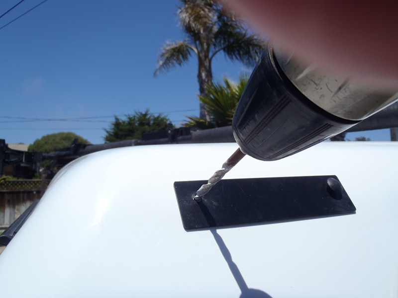 Compare Thule Artificial Vs Side Loader Mounting