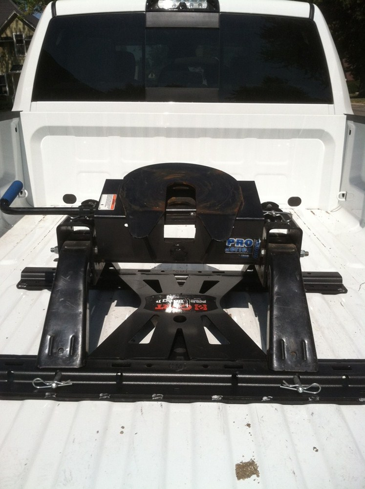 Fifth Wheel Trailer Hitch : Curt th wheel base rails adapter for double lock