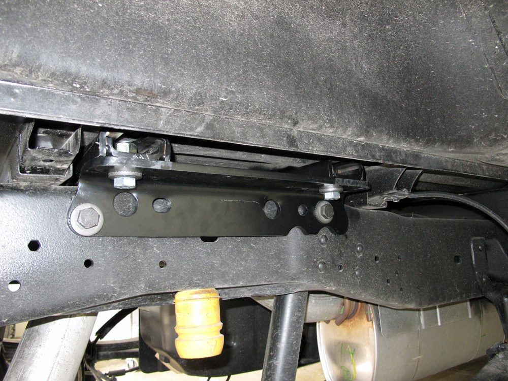 5th Wheel Slider Hitch >> Under-Bed Rail and Installation Kit for Reese Elite Series ...