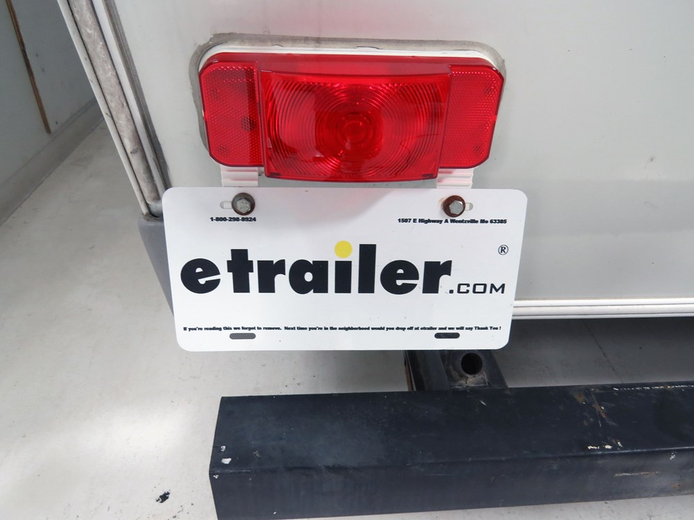 Low Profile RV Combination Tail Light w/ Mounting Bracket - 4