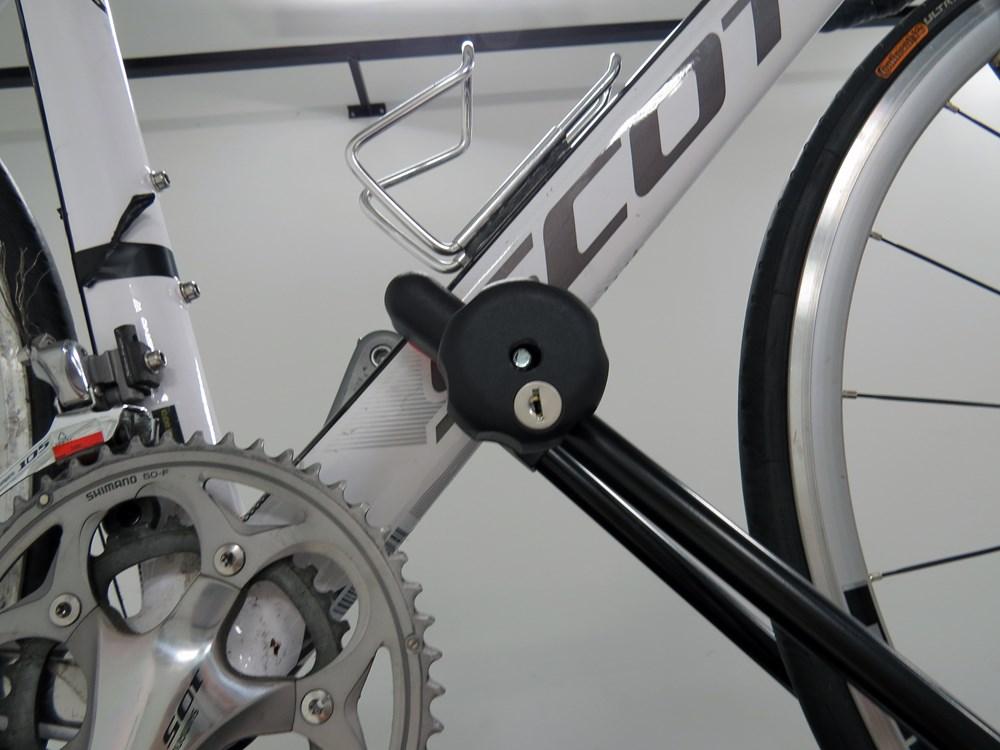 Compare Thule ProRide Roof vs Upright Roof Bike   etrailer.com