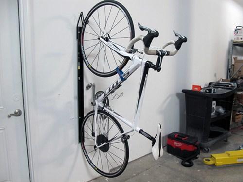 Merveilleux Saris Bike Trac Vertical Bike Storage Rack   Wall Mount   1 Bike